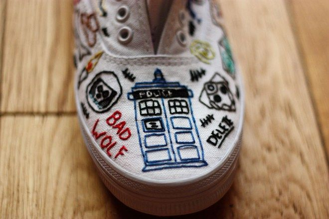 Tumblr user Eclectic Wonderland embroidered this impressive pair of shoes by hand to wear to an upcomming Doctor Who convention.