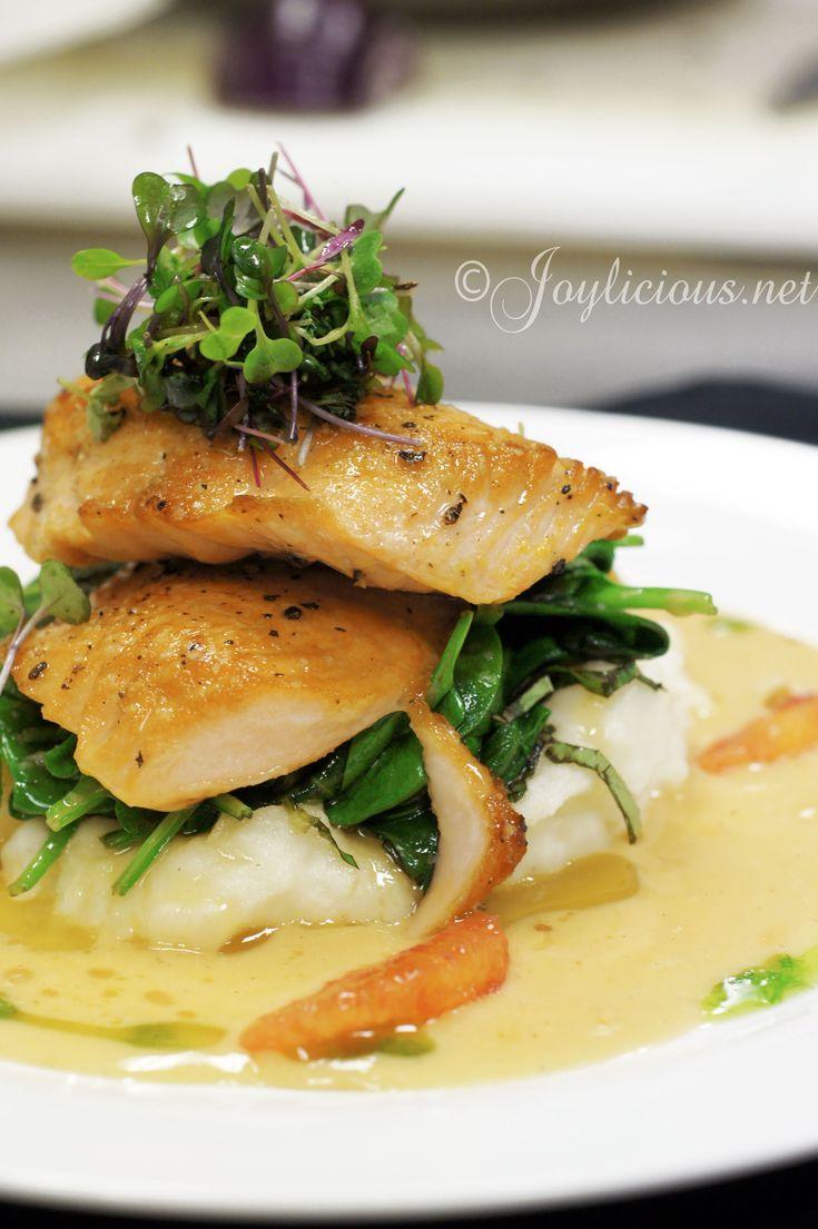 25 best ideas about fancy food presentation on pinterest romantic food traditional dinner - Wild mushrooms business ideas ...