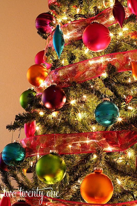 Gorgeous colours for a #Christmas tree