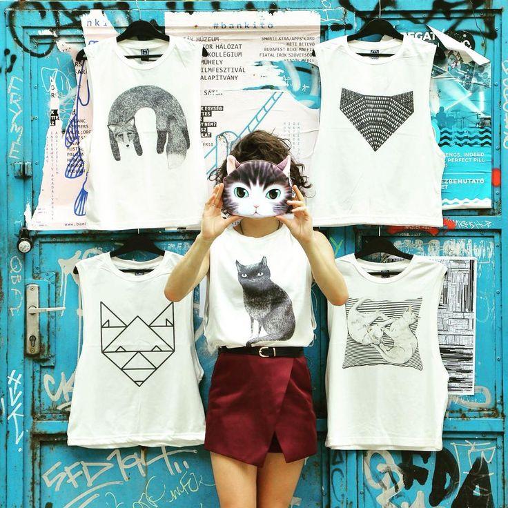 #catfight #fox #cat #tanktops #printedtop #minimal #streetart #graffiti…