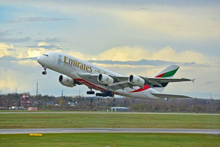 Emirates A380 - Taking off, Dusseldorf airport