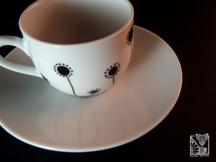 Cofee cup hand painted By Elisa Viotto Arte