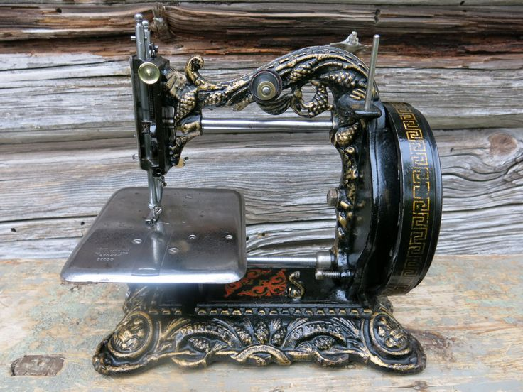 """1870's Newton Wilson """"Princess of Wales"""" Sewing Machine Fully Working Condition 