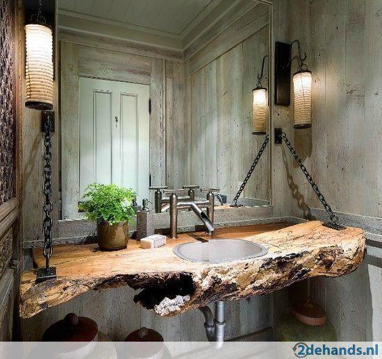 Boomstam planken voor tafel wastafels bureaus bars  en wand