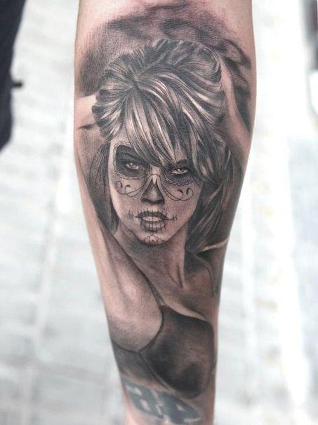 realistic girl chicano tattoo arm tattoos pinterest tatoo tattoos and chicano tattoos. Black Bedroom Furniture Sets. Home Design Ideas
