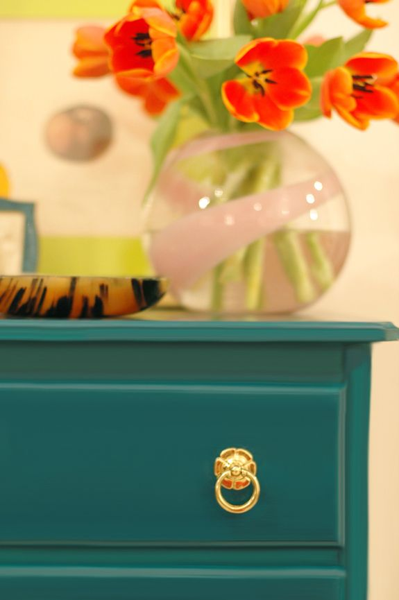 colored dresser with gold knob...have this exact dresser...need the knobs! anthro?