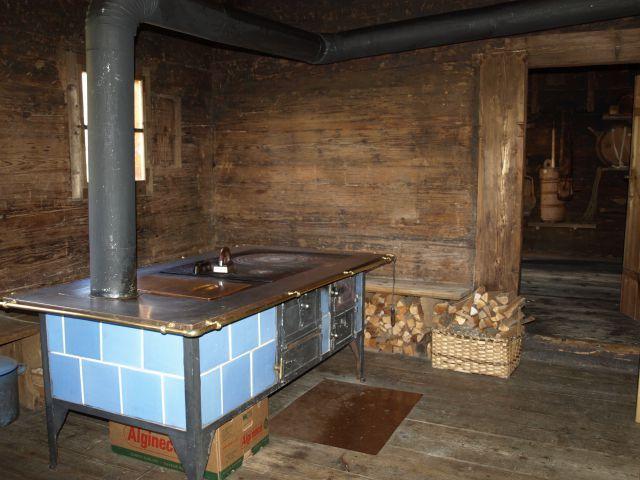 Küche - Bergbauernmuseum - Tirol haus in den alpen Pinterest - spülbecken küche günstig