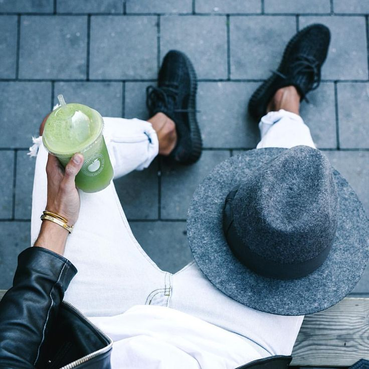 Drink your greens • • #ootd #outfitoftheday #lookoftheday #fashion #fashiongram #style #love #beautiful #currentlywearing #lookbook #wiwt #whatiwore #whatiworetoday #ootdshare #outfit #clothes #wiw #mylook #fashionista #todayimwearing #instastyle #instafashion #outfitpost #fashionpost #todaysoutfit #fashiondiaries #trendofpeople
