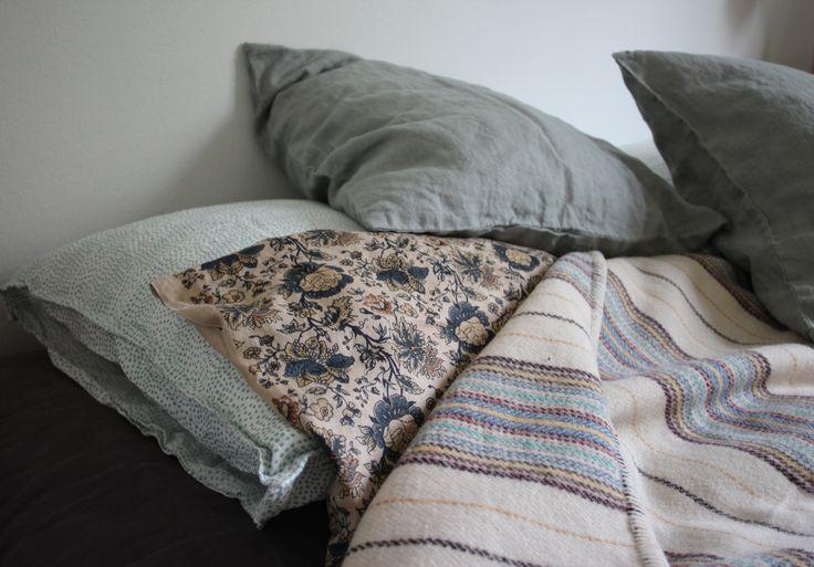 Bedroom linens and blanket