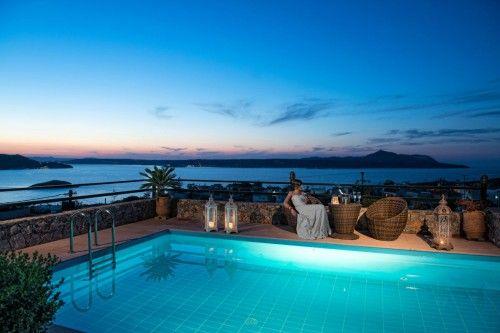 Luxurious villa close to the beach