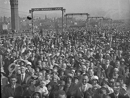 Crowd crossing the Bridge, Sydney Harbour Bridge Celebrations, 19 March 1932, Hall & Co.