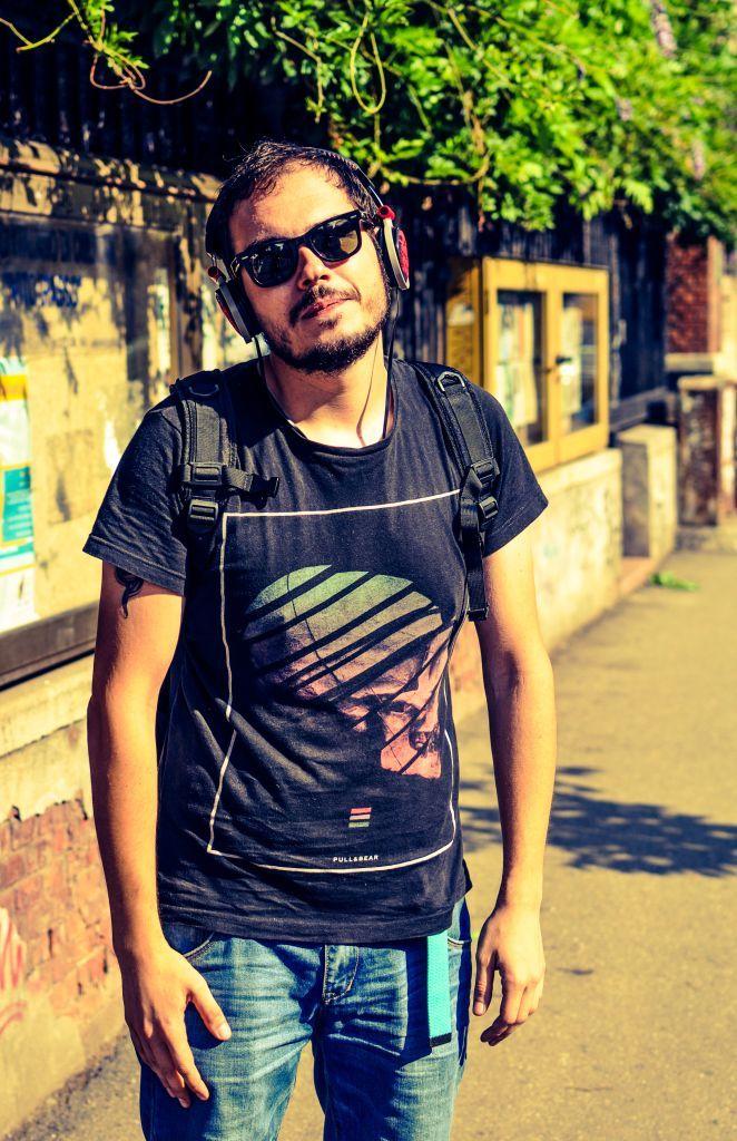 Alexandru la #ascultacumine pe www.alexdamian.ro