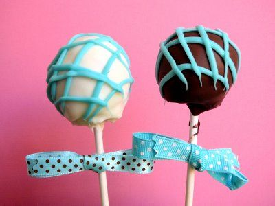 Even better than cake pops, cookie dough pops!