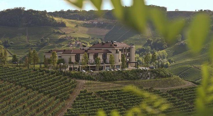 Il Boscareto Resort & Spa, Serralunga d'Alba, Italy - Booking.com