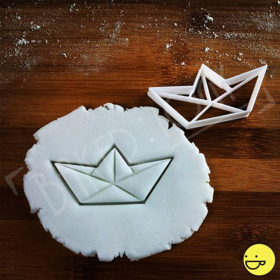 Hey, I found this really awesome Etsy listing at https://www.etsy.com/il-en/listing/226979004/origami-boat-cookie-cutter-biscuit