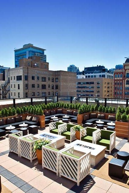 Chicago's 15 Best Rooftop Bars and Restaurants via @PureWow