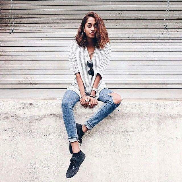 Don't know what to wear today? Black is always the right choice! #superga #supergagreece #lookoftheday #black #fashion #love #cotu