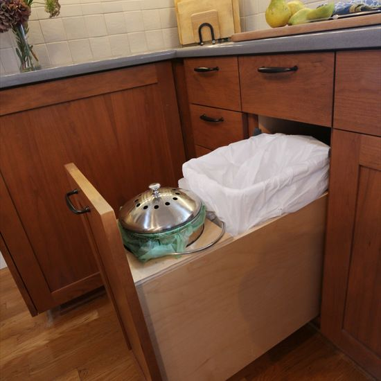 how to hide a kitchen compost bin