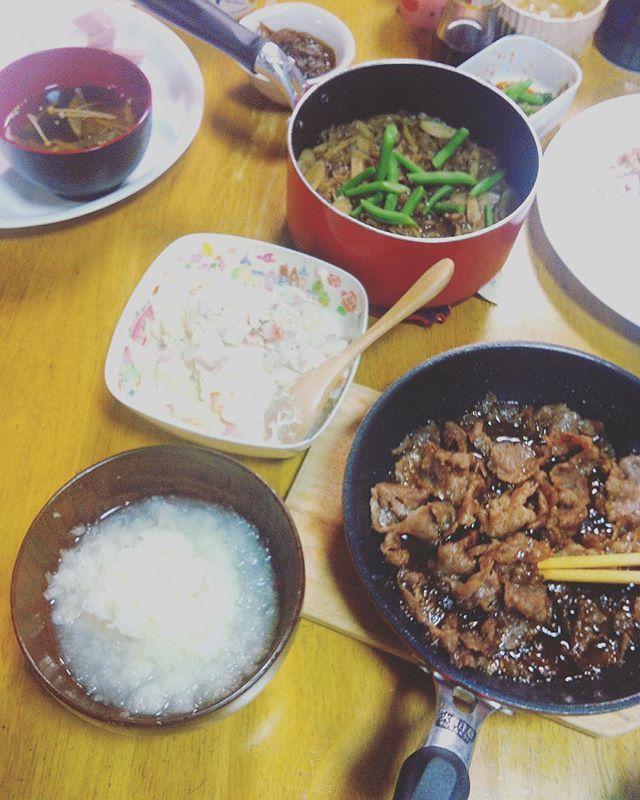 *ー☆ー⚪︎ー*ー☆ー⚪︎ : ・ : #おうちごはん #夜ごはん #肉#多め #ごぼうの煮物 #ポテトサラダ : ・ ・ #手作り#ごはん#晩ごはん#全体的に茶色#ごはんの記録#日々の記録#もずく#焼肉#大根おろし#スープ#美味しかった#ごちそうさまでした#器の雑さ#homemade#bangohan#food#yummy