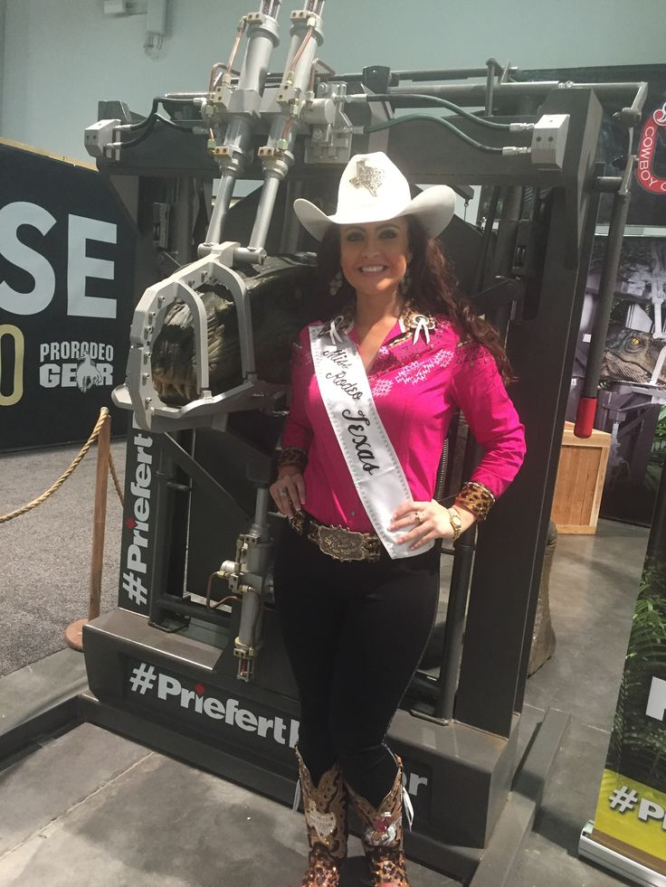 Miss Rodeo Texas with Zulu