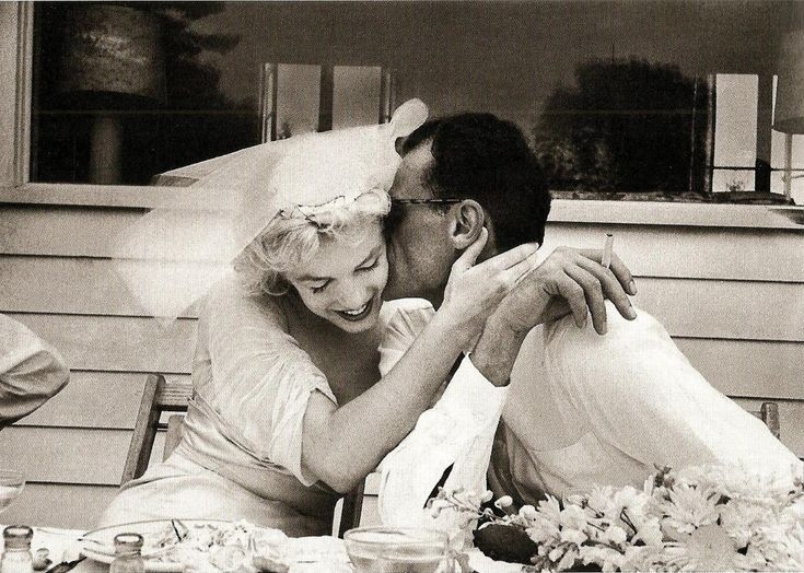 Marilyn Monroe & Arthur Miller wedding (1956) He was her 3rd husband. The marriage lasted 5 years.
