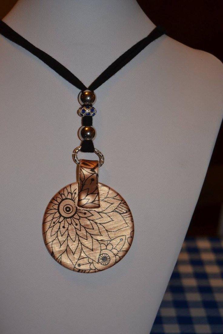 Mamylella .bijoux su base oro metallizzato