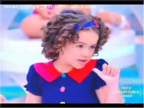 Maisa chora ao receber homenagem de Silvio Santos   Programa Silvio Santos (25/06/17) - YouTube