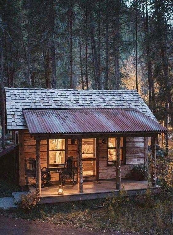 25 Amazing Tiny Cabins That Are The Perfect Retreat