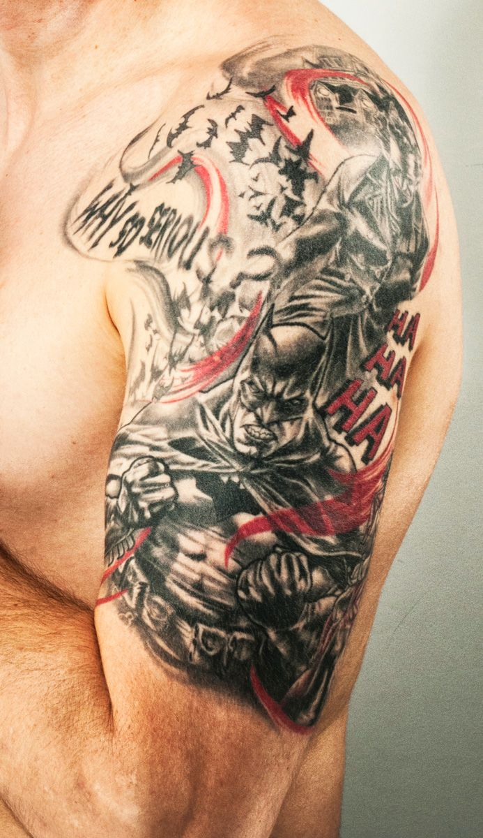 Finally my tattoo! Half sleeve tattoo of Batman, Superman, Joker and Harley Quinn from Lee Bermejo comic by Nina Jolan / Imago / Montreal / 2013 for Carl.