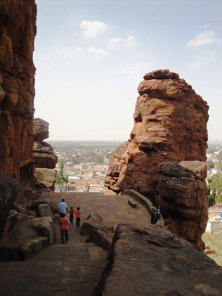 Rock Cut cave Temples Of Badami in Karnataka - HitFull.com