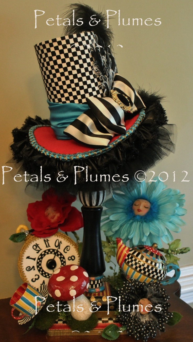 "*NEW* ""Mad Hatter Centerpiece""  Petals & Plumes- Hat n' Boots Collection ©2012 - https://www.facebook.com/petalsnplumes: Centerpieces Ideas, Hatters Teas, Mad Hatters, Teas Parties Centerpieces, Hats Centerpieces, Parties Ideas, Halloween Wreaths, Hatters Theme, Glasses Projects"