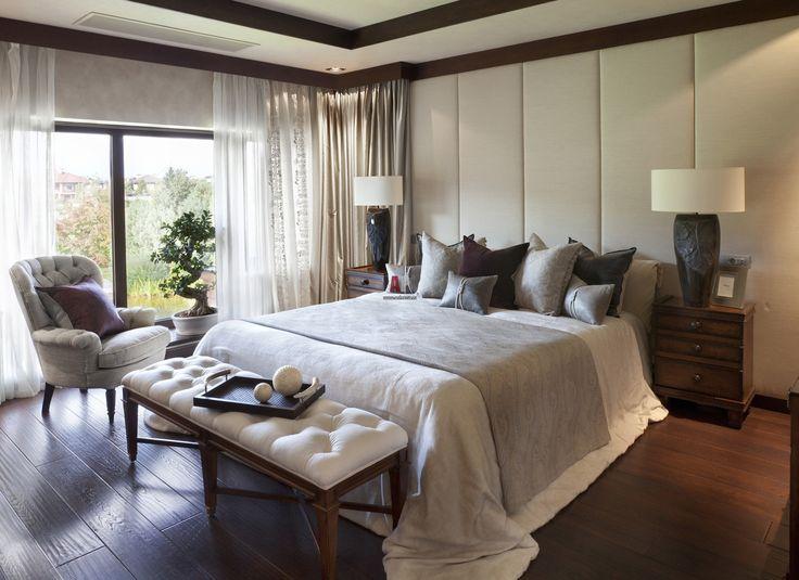 Фото интерьера спальни дома в современном стиле
