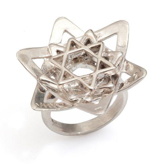 Women's Flower Silver Ring With 3 Stars of David - Kabbalah Style - Handmade per Order