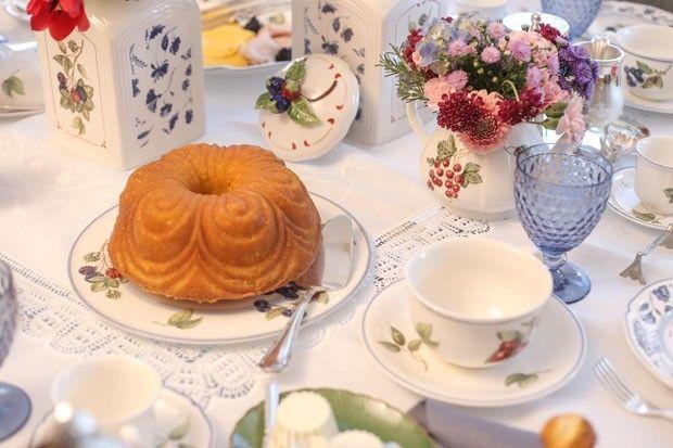 Mesa de café da manhã (Foto: Michele Moll / divulgação)