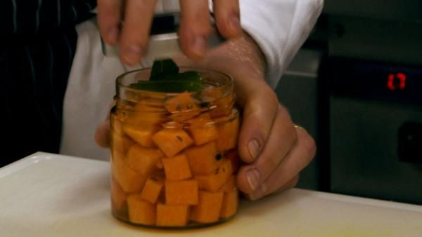 Recept: Nakladaná tekvica (dlhá z Neapolu) sladko-kyslá | Nebíčko v papuľke