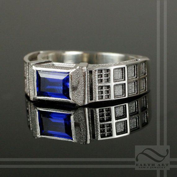 Sweet TARDIS Ring