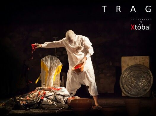 TRAG, performance by Xtóbal