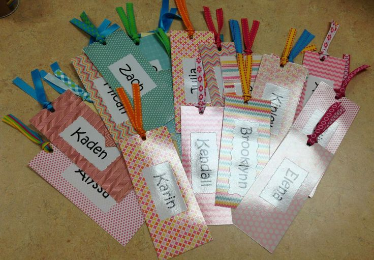 Cheap Christmas gifts for students from Trendy Tales of a Teacher at http://trendytalesofateacher.blogspot.com/