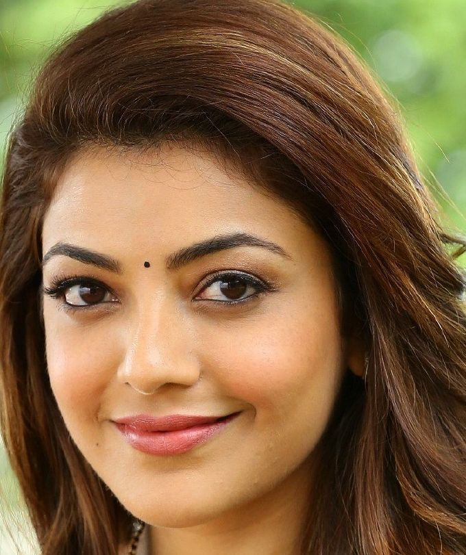 Gorgeous Indian Girl Kajal Aggarwal Smiling Face Closeup Gallery Beautiful Eyes Beautiful Girl Face Beauty Girl