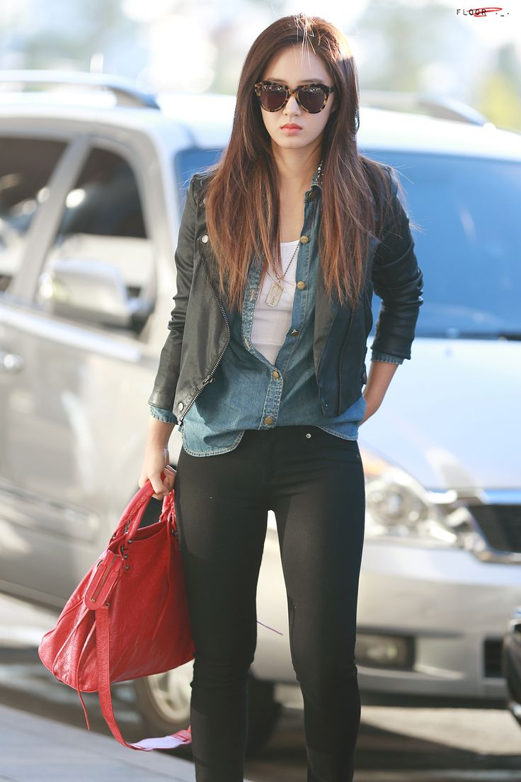 yuri snsd korean stars airport fashion casual style