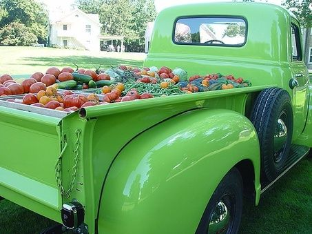 Wooo, this could be my garden cart, ..with all of the veggies!