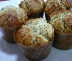Mákos-meggyes muffin