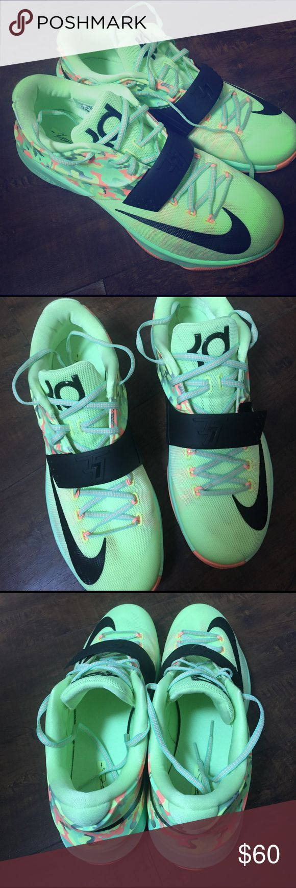 Nike KD7 size:12 Nike KD7 size:12     only wore 2 times like new Nike Shoes Athletic Shoes