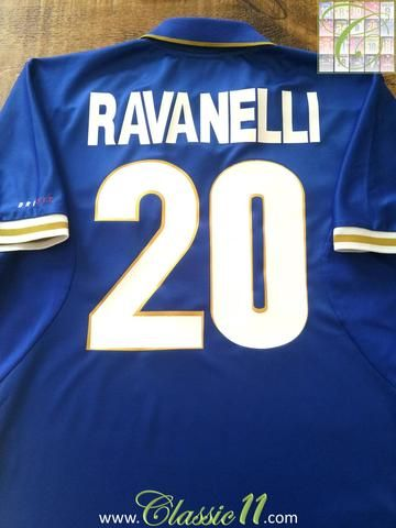 Relive Fabrizio Ravanelli's Euro 1996 with this original Nike Italy home football shirt.