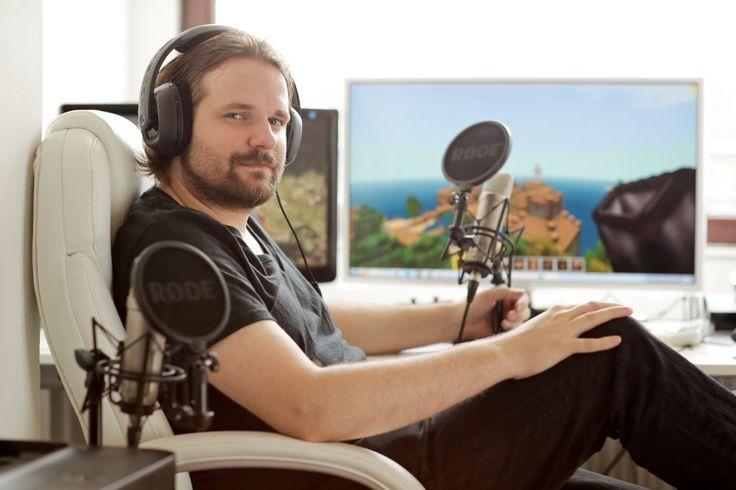 Spielen und ins Mikro quatschen: Mit Let's-Play-Videos wurde Gronkh im Netz...
