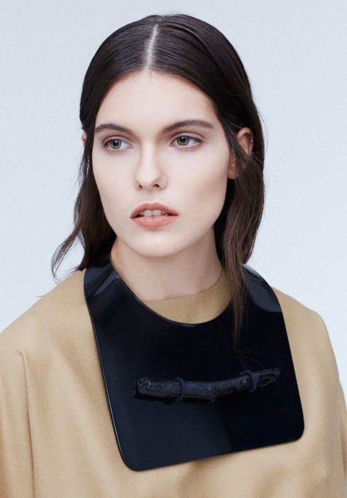 Créditos LookBook POLA THOMSON AW14 Photography: CLAUDIO ROBLES & TOMAS MEERSOHN Hair & Make-Up: MARIA PAZ URRA Set Design: ORNAMENTA STUDIO Talent: JOVANKA @Wendy McDonough  Acknowledgments: ESTUDIO SCHKOLNICK  ON LINE: #POLATHOMSON  @POLA THOMSON  @Claudio Robles  @Tomás Meersohn  @Conciencia Cronopia  @ornamentastudio @weloverebel  @yael schkolnick