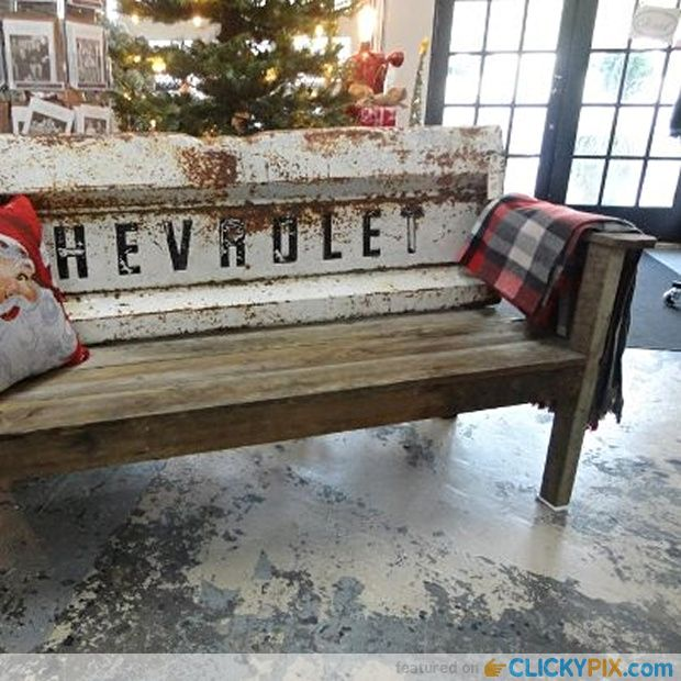 Tailgate bench from old tailgate