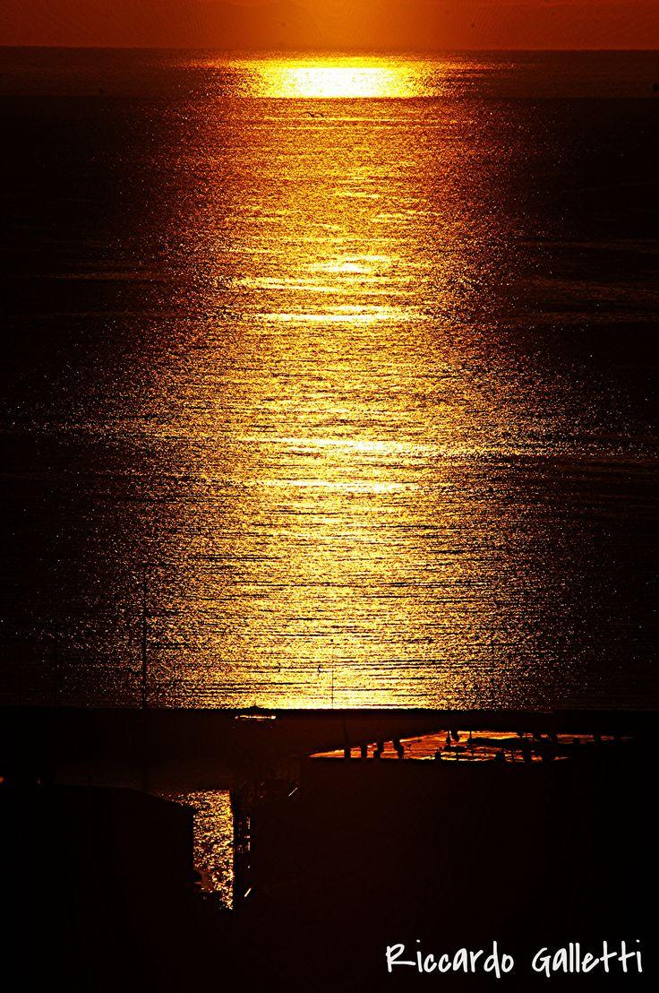 L'ora d'oro Porto Azzurro Sunshine | Porto Azzurro Sunrise