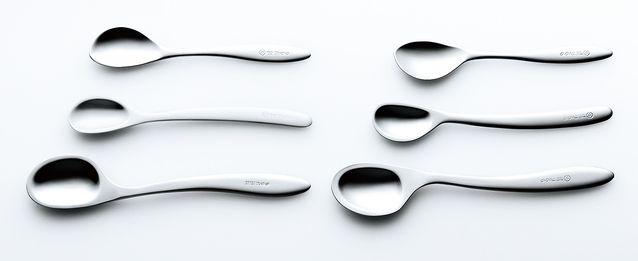 An original, new take on the #spoon: #Nonoji's Non-stressor Spoon via White Rabbit Express | #japanese #design