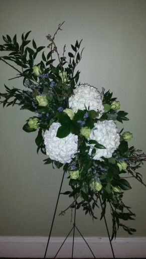 Masculine Funeral Spray With Hydrangeas Lime Roses And